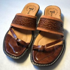 Think! Leather sandals with Heal